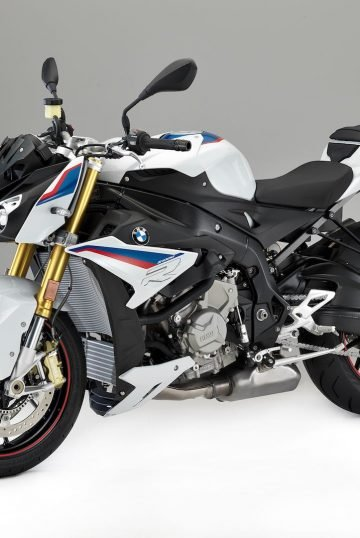2017-bmw-s-1000-r-first-look-14