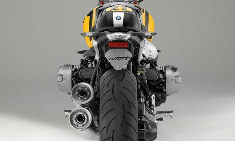 P90240855-the-new-bmw-r-ninet-blackstorm-metallic-vintage-11-2016-1124px