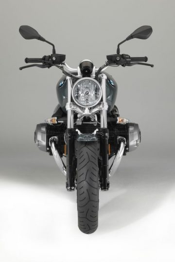 P90233752_lowRes_the-new-bmw-r-ninet-