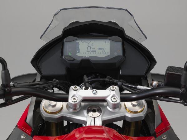 P90241857_lowRes_bmw-motorrad-g-310-g