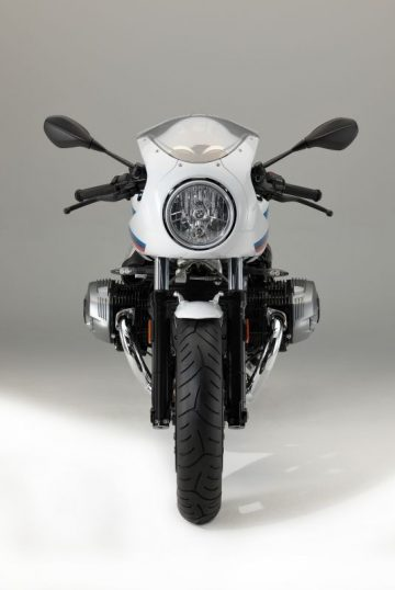 P90232660_lowRes_the-new-bmw-r-ninet-
