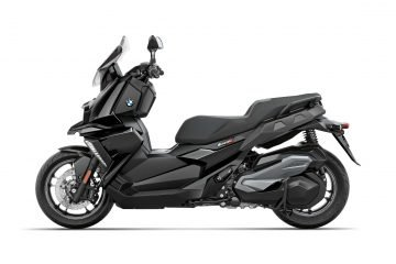 P90312748-bmw-c-400-x-black-storm-metallic-07-2018-2244px